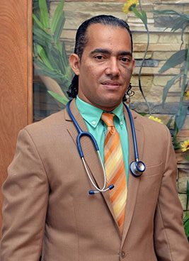 Dr.-Adonis-Mejia,-Urologia,-Ext.-7304,-Suite-7304