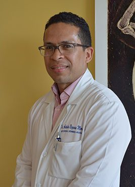 Dr.-Antolin-Reynoso--Ortopeda-Ext.-7409,-Centro-de-Medicina-Avanzada-suite-DA--11