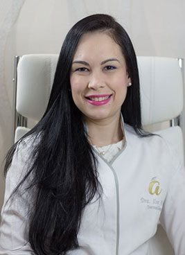 Dra.-Ilse-Arias-Dermatologa,