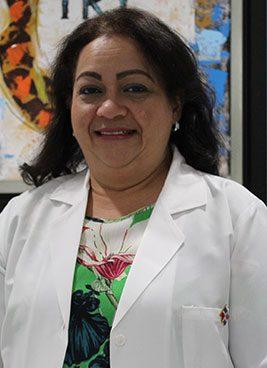 Dra.-Maria-Hued-Otorrilaringologa,Ext.-7418,-suite-7418