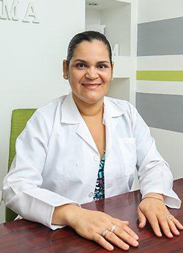 Dra.-Juana-Perez,-Pediatra