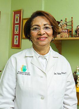 Dra.-Yadira-Perez,-Pediatra